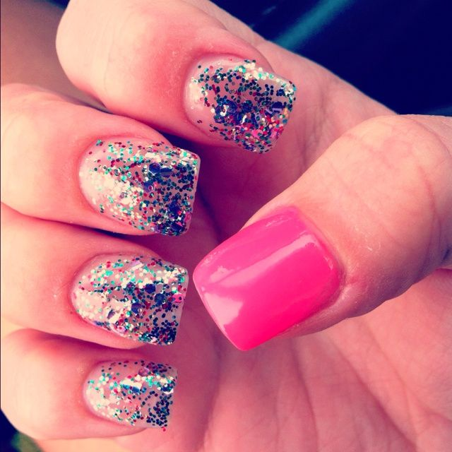 This except silver glitter and turquoise for the thumb ...