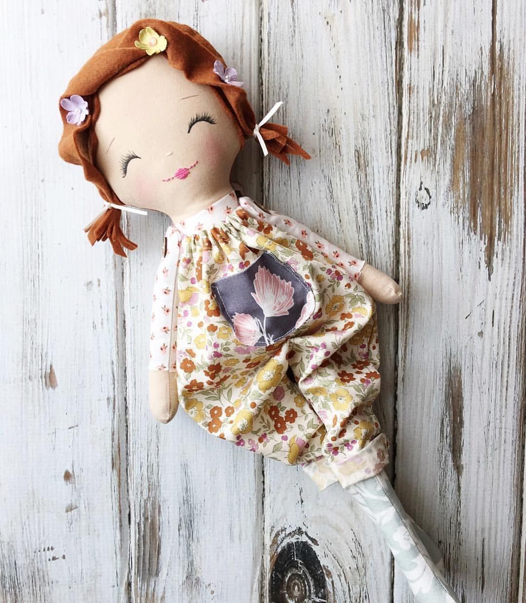 "Redhead Doll by SpunCandy - SpunCandy Dolls ~ Omaha, NE (@spuncandydolls) on Instagram: ""Sweet Lil Red ❤ #spuncandydolls #clothdoll #handmadedoll #littlewanderer #redhead #ginger…"""