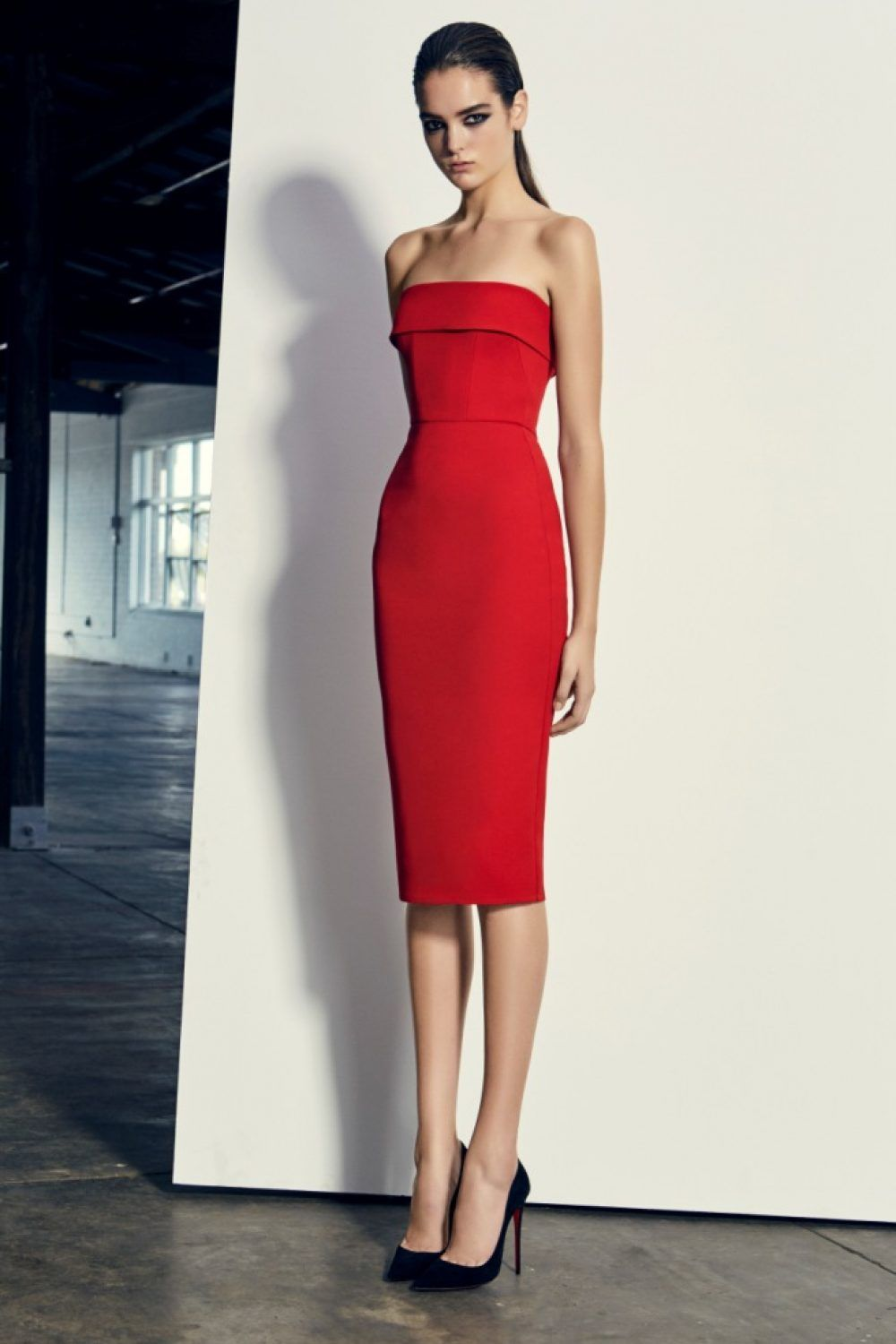 6f63b21787 Alex Perry Elsie - Red Stretch Strapless Cuff Lady Dress