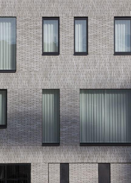 2014 HOUSE S HASSELT Mass Architects 벽돌 디자인, 벽돌 건축, 벽돌 집