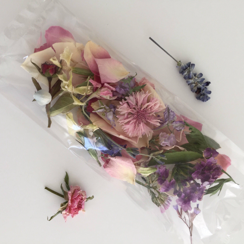300 Wedding Favors Flower Confetti Wedding Real Dry
