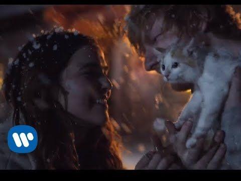 Perfekt für kalte Wintertage und immer wieder wunderschön... Ed Sheeran - Perfect (Official Music Video)