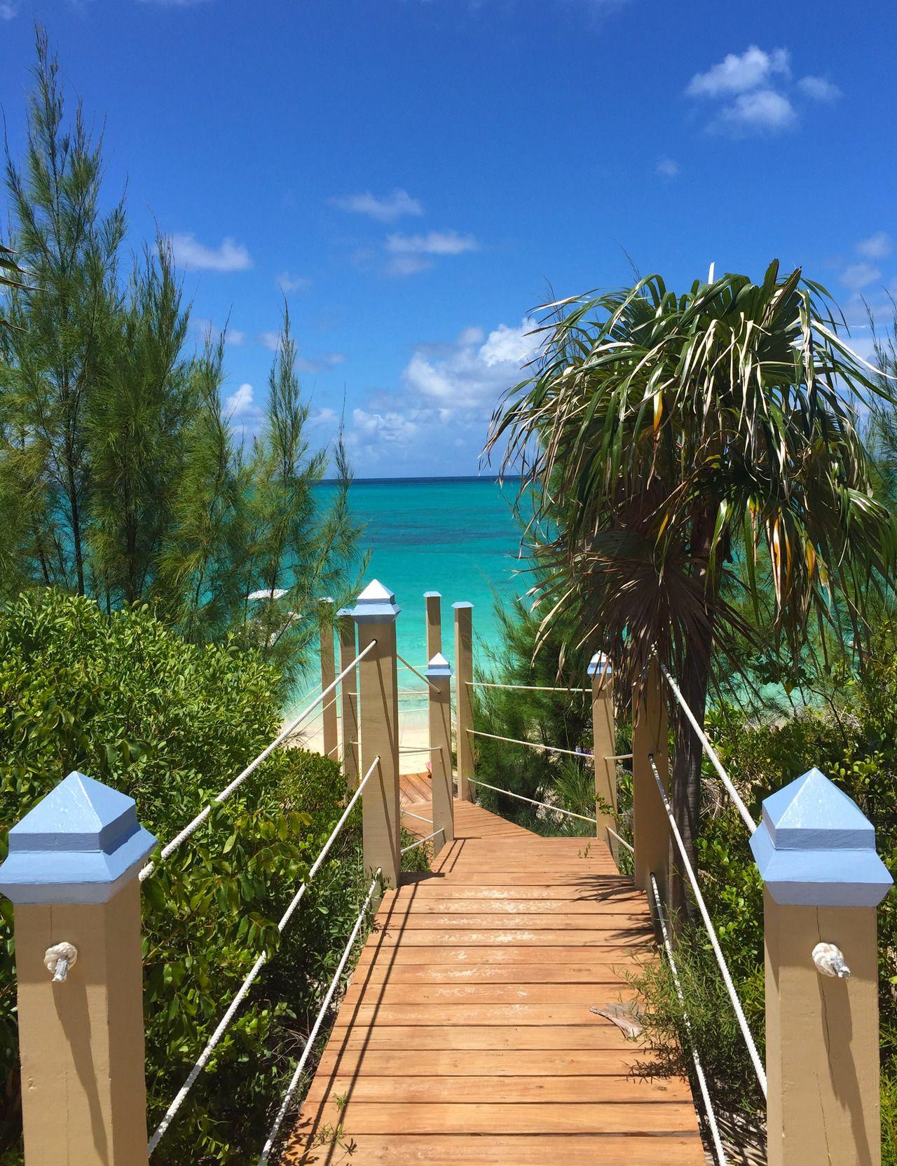 Luxury villa rental sandy toes rose island bahamas