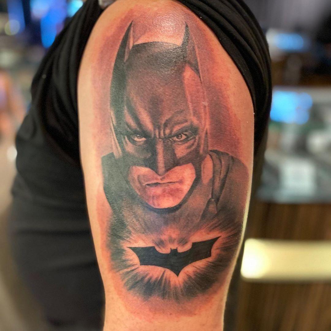 Batman! 🦇🦇 Done by @tattoos_by_travis_ct .  Visit clubtattoo.com to see more of his work and book an appointment!  📍Studio:  @clubtattoolasvegas  ♣️JOIN THE CLUB & FOLLOW♣️ @clubtattoo for Tattoos   Piercings   Lifestyle  #clubtattoo #clubtattoorules #artoflife  #tattoo #freshink #inktherapy #halfsleevetattoo #inkstagram #tattooarm #ilovetattoos #tattooarm #guyswithtattoos #tattooedboys #tattooculture #inkd #inkedmag #tatoodesign #dotworktattoos #illustrativetattoo #tattooso