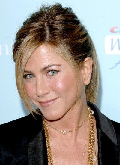 Jennifer aniston une coiffure queue de cheval en f vrier 2009 coiffures pinterest - Coiffure jennifer aniston ...