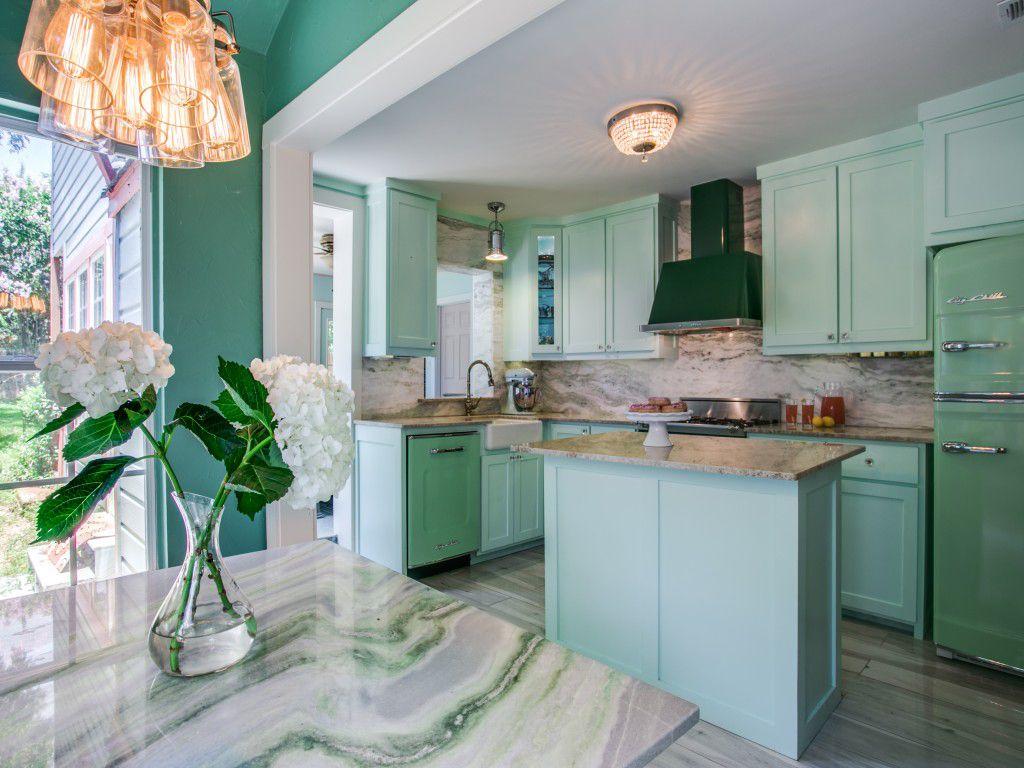 1950 S Inspired Retro Kitchen Modern Retro Kitchen Kitchen