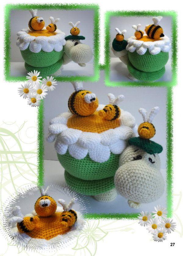 Schildi Und Ihre Kleinen Freunde Bienen In Einer Blume Häkeln