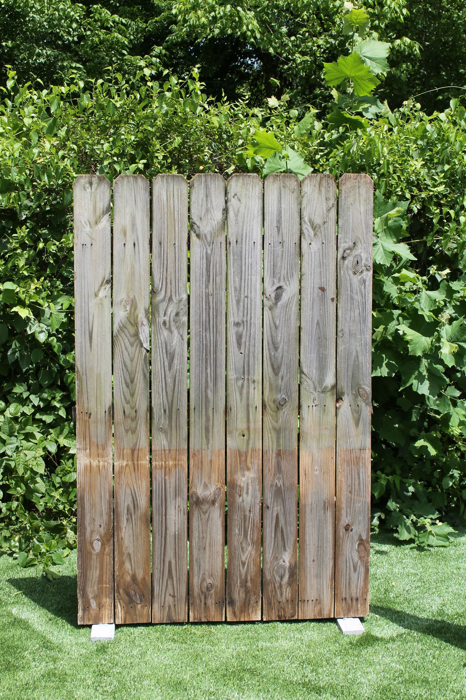 RENT ME @ Www.sistersenvy.com Freestanding Rustic Fence Section Wedding  Backdrop