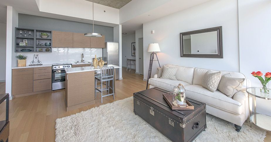 315 On A Apartments In Fort Point Boston 315 A Street Equity Residential Boston Apartment Apartment Apartment Living