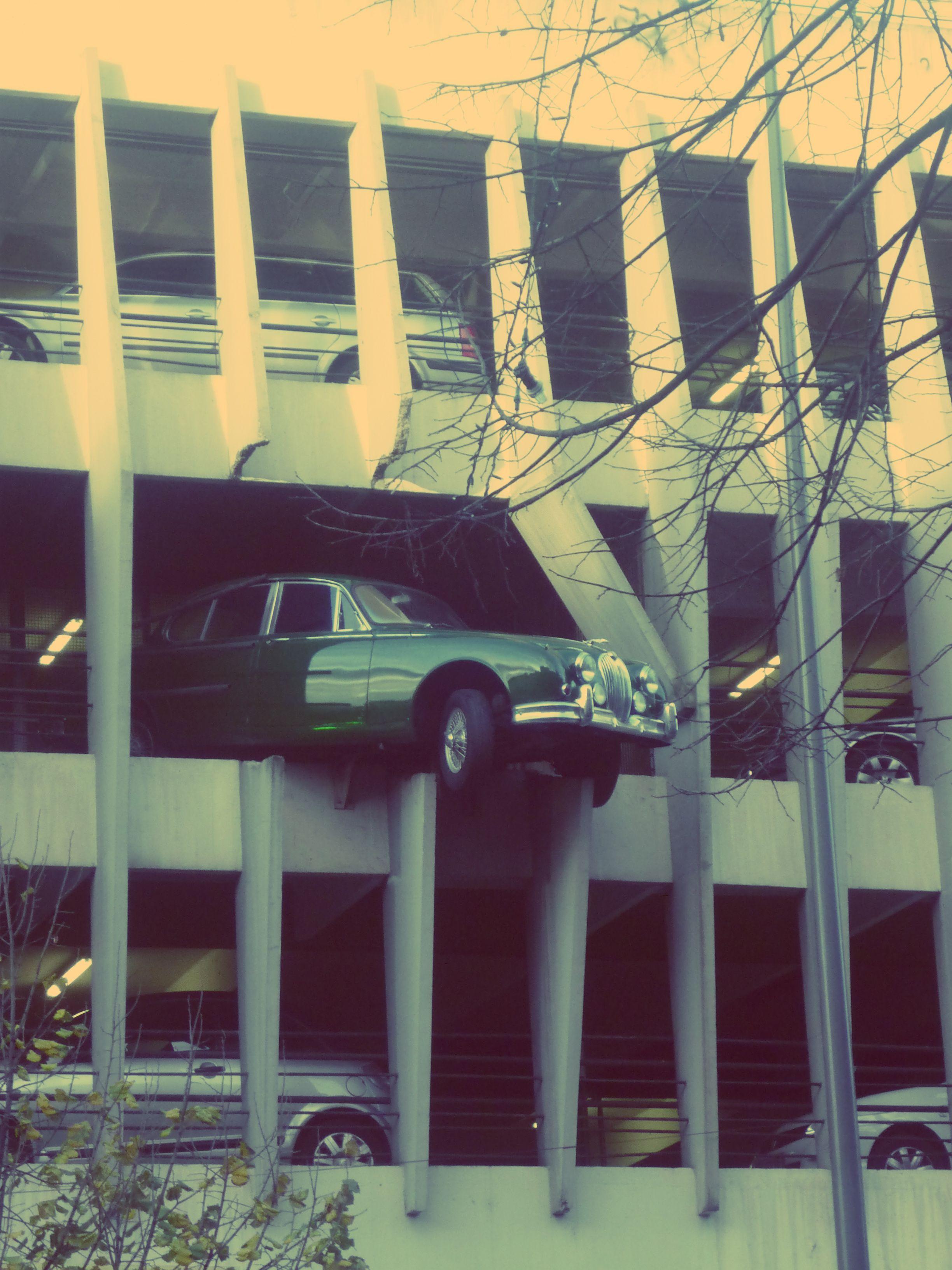 parking victor hugo jaguar bordeaux bordeaux france et aquitaine. Black Bedroom Furniture Sets. Home Design Ideas