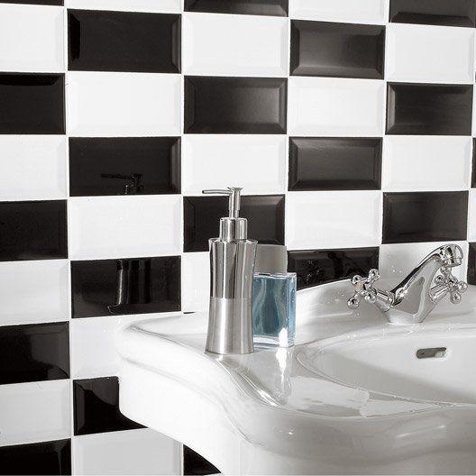 Carrelage Mural Metro Artens En Faience Blanc 7 5 X 15 Cm Carrelage Noir Et Blanc Carrelage Noir Carrelage