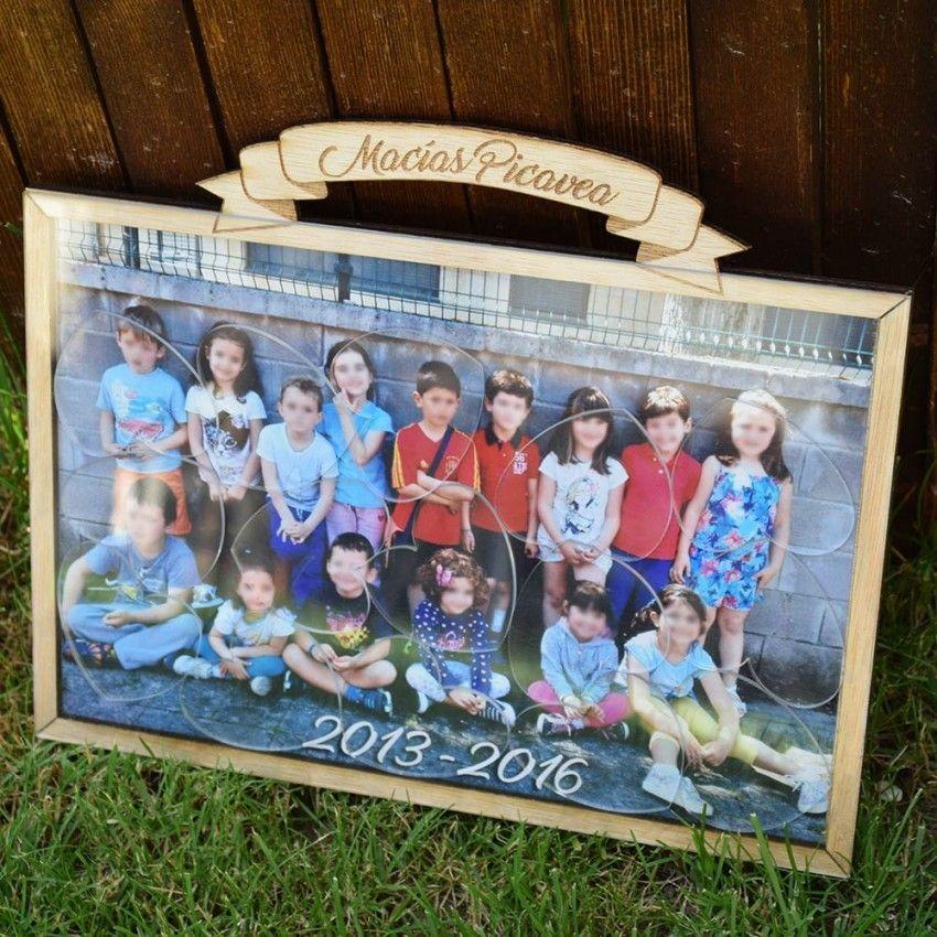 """Este """"marco de fotos de deseos"""" es un libro de firmas muy original que podrás colgar en las paredes de tu hogar."""