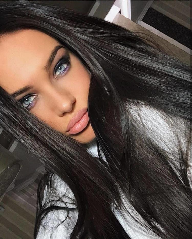 Image Shared By Rachelcameron8564 Find Images And Videos About Girl Fashion And Style On We Heart It The App To Get Lost I Beauty Beauty Girl Gorgeous Eyes