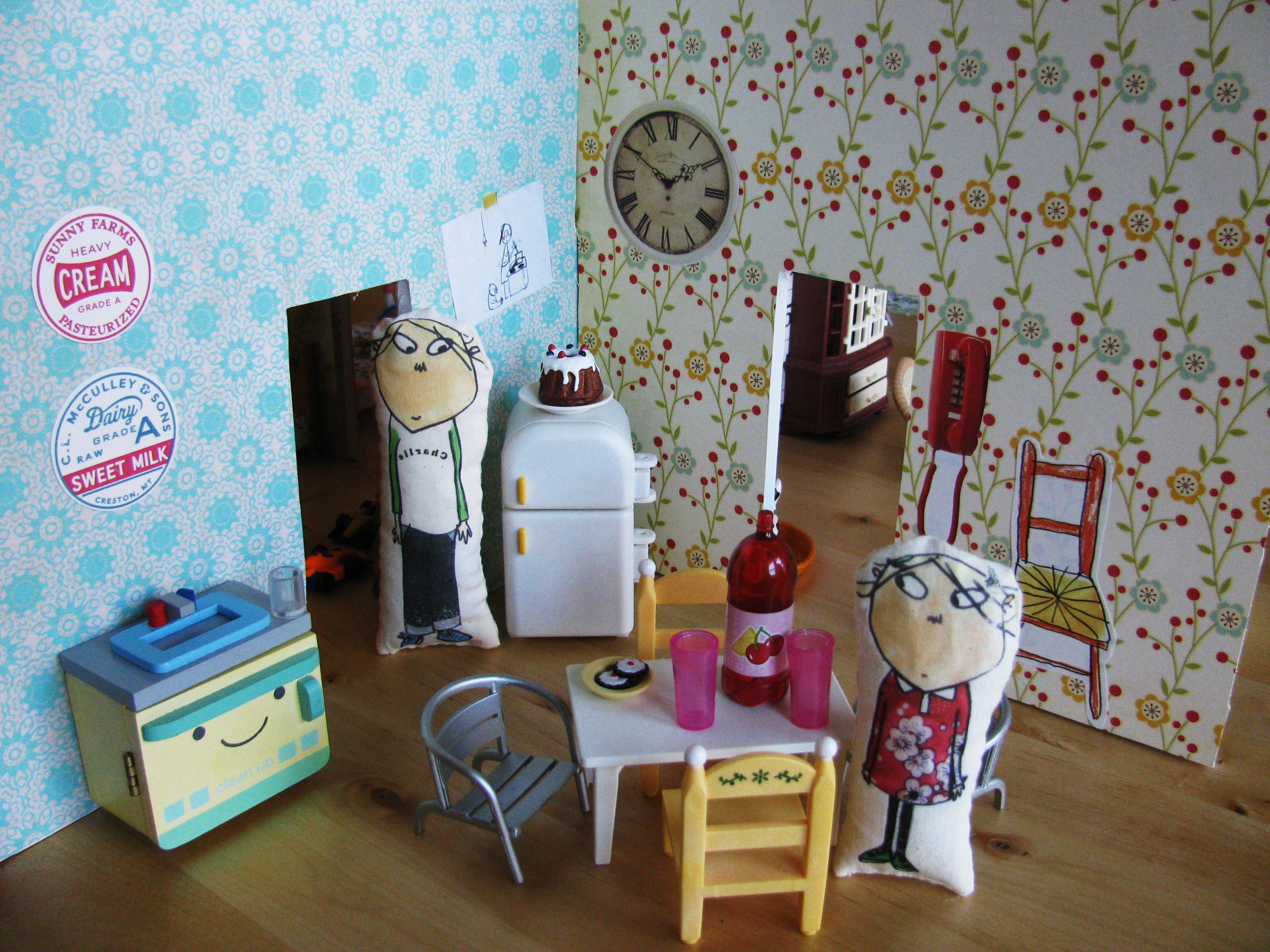 Dollhouse Kitchen (Charlie And Lola)