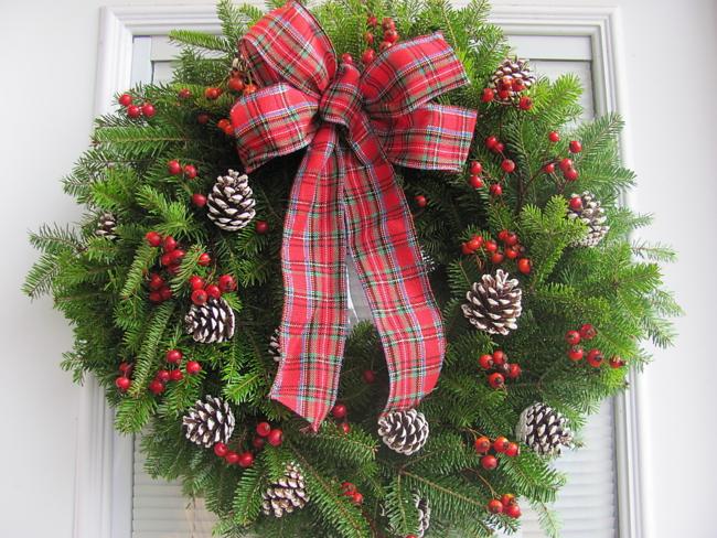 Fresh Christmas Door Wreath Giveaway