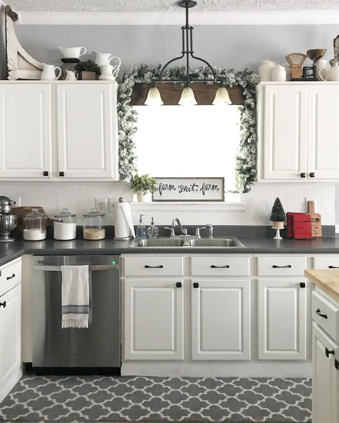 farmhouse christmas kitchen white kitchen farmhouse kitchen inspiration on kitchen cabinets xmas decor id=93752