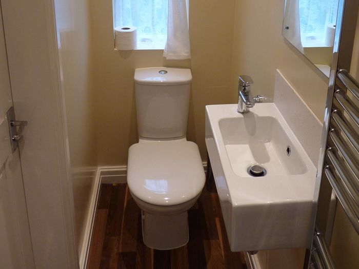 Compact bath like the small sink need to use storage for Downstairs bathroom ideas