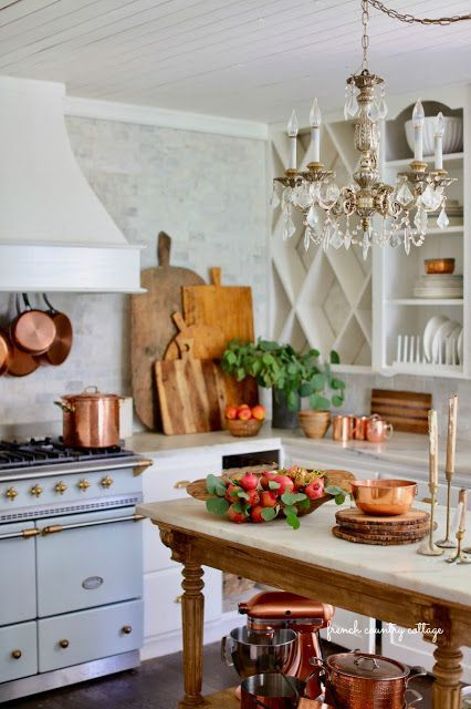 Early autumn decor in the kitchen - French Country Cottage