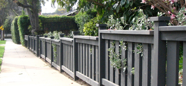 Gray Arts And Crafts Fence Threshold Fence Fence Design Bungalow