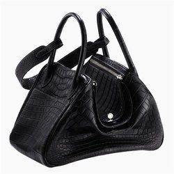 Kroko-Tasche Lindy 30 von Hermès - Luxus Handtaschen der Designer, Kollektion 2008 - Luxus pur! Echtes Kroko-Leder, ein meisterhafter Schnitt im Stil der 30er-Jahre und eine flexible Passform je nachdem, wie voll die Tasche ist (rechteckig im vollen Zustand, korbförmig wenn Füllraum bleibt)...