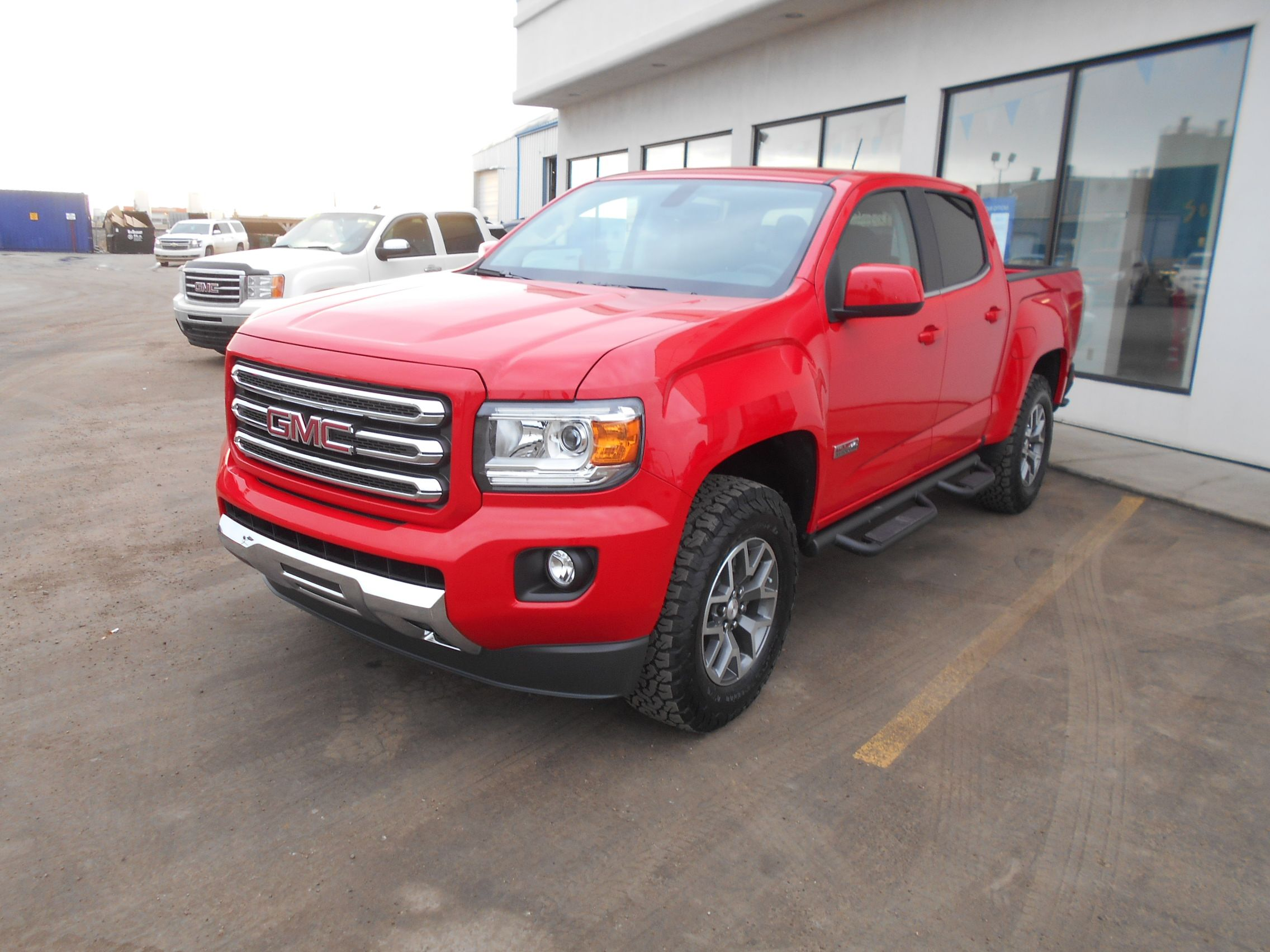 2017 Gmc Canyon Schwab Custom Truck Comes Equipped With Leveling Kit Upgraded Tires Gm Off Road Running Boards Schwabchevrolet