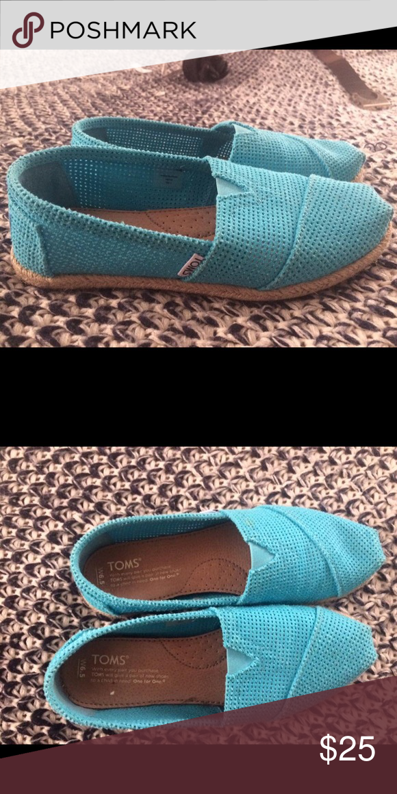 Toms women's shoes Used maybe 2 times. Very nice and comfy but purchased too big. Toms Shoes Flats & Loafers