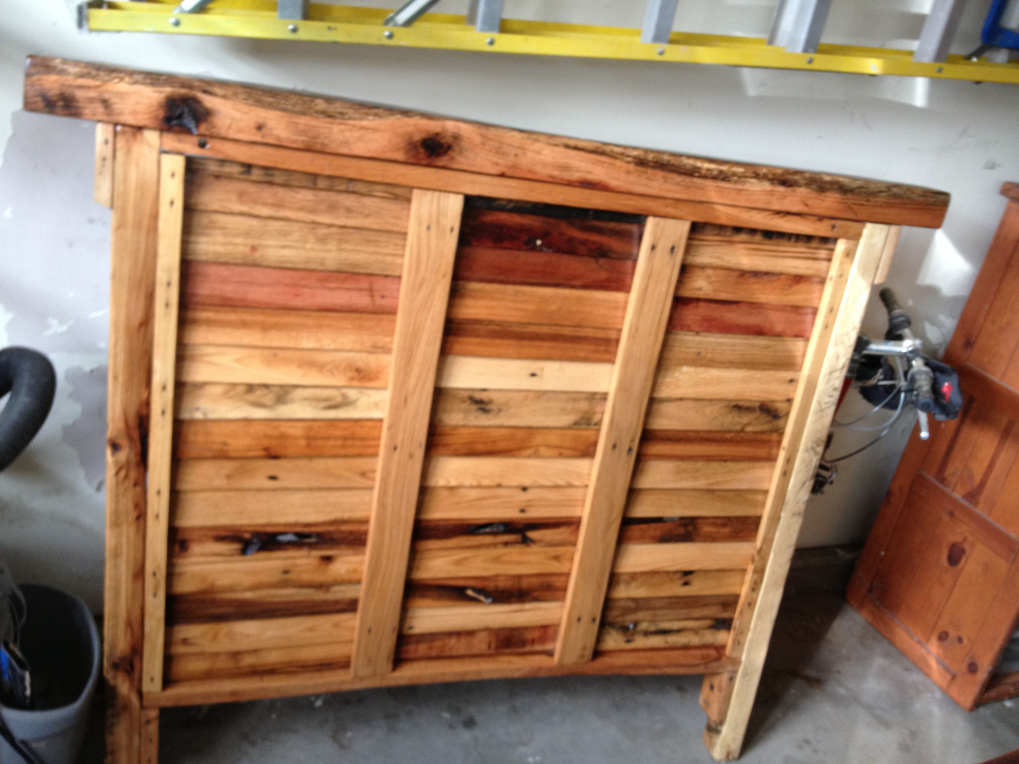 Reclaimed industrial shipping pallet wood repurposed into ...