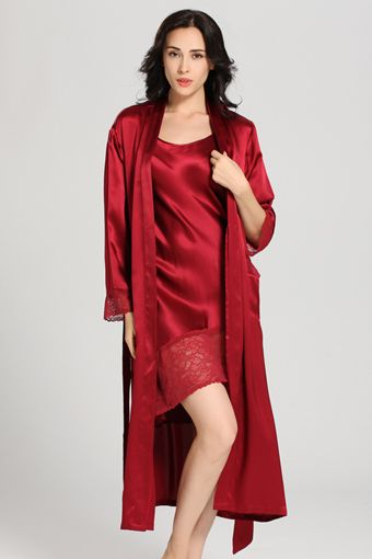 b790e06275f9 22 Momme Flowing Lace Silk Nightgown   Robe Set