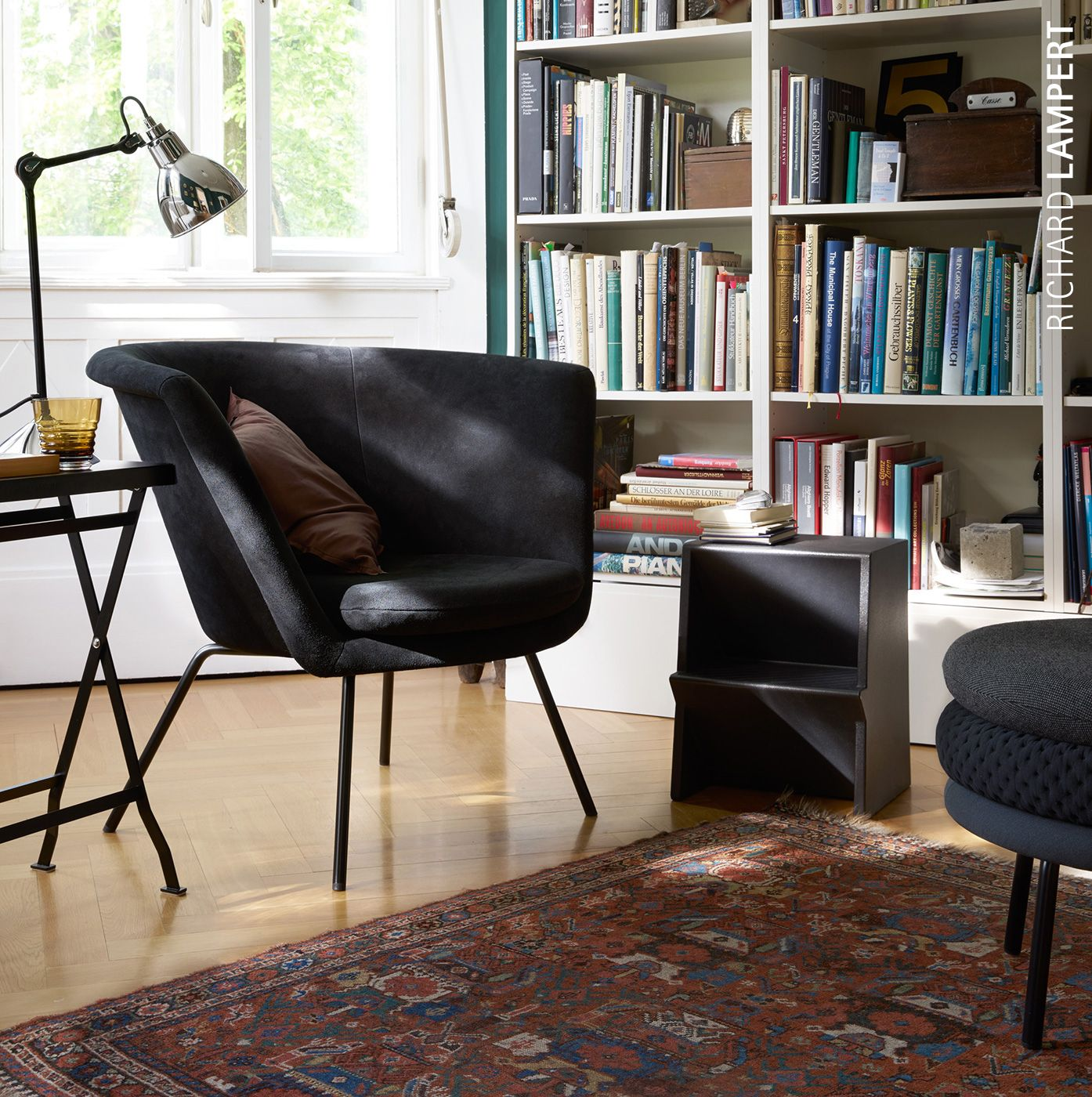 chair ›H57‹ by Herbert Hirche and step stool ›Mono‹ by Steffen