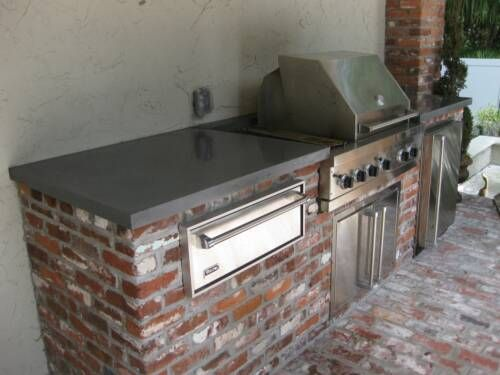 Old Jackson Brick Outdoor Kitchen Shell With Gray Amazon Laminate Countertop With Mortar Set Old Jackso Outdoor Living Kitchen Concrete Kitchen Outdoor Kitchen