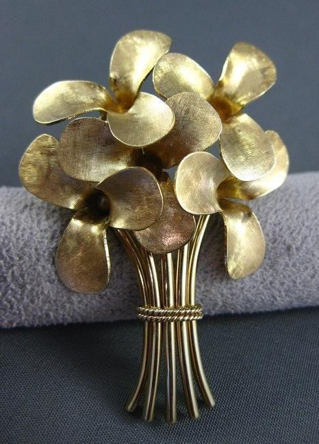 pearl flower bouquet - Google Search