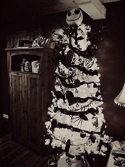 nightmare before christmas halloween tree disney christmas trees christmas party food xmas trees - Nightmare Before Christmas Halloween