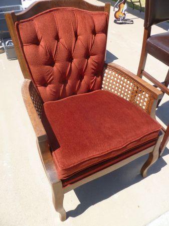 Los Angeles: VINTAGE CHAIR $65   Http://furnishlyst.com/listings. Vintage  ChairsLos Angeles