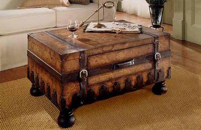 treasure chest coffee table nautical decor ideas trunk table rh pinterest com