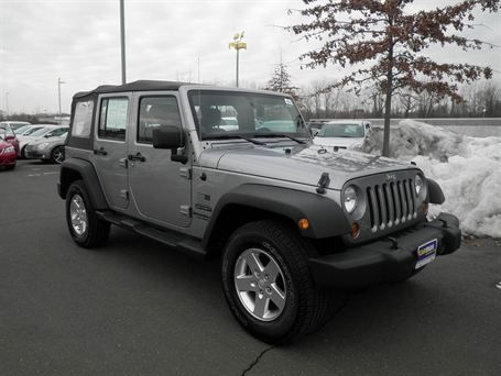 2013 Jeep Wrangler Unlimited Sport, gray ext w/ blk int.