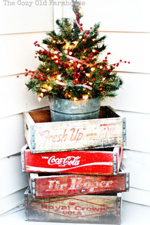 thanks to vintage soda crates this christmas display is bubbling over with retro style itll give your house the curb appeal it deserves - Classic Outdoor Christmas Decorations