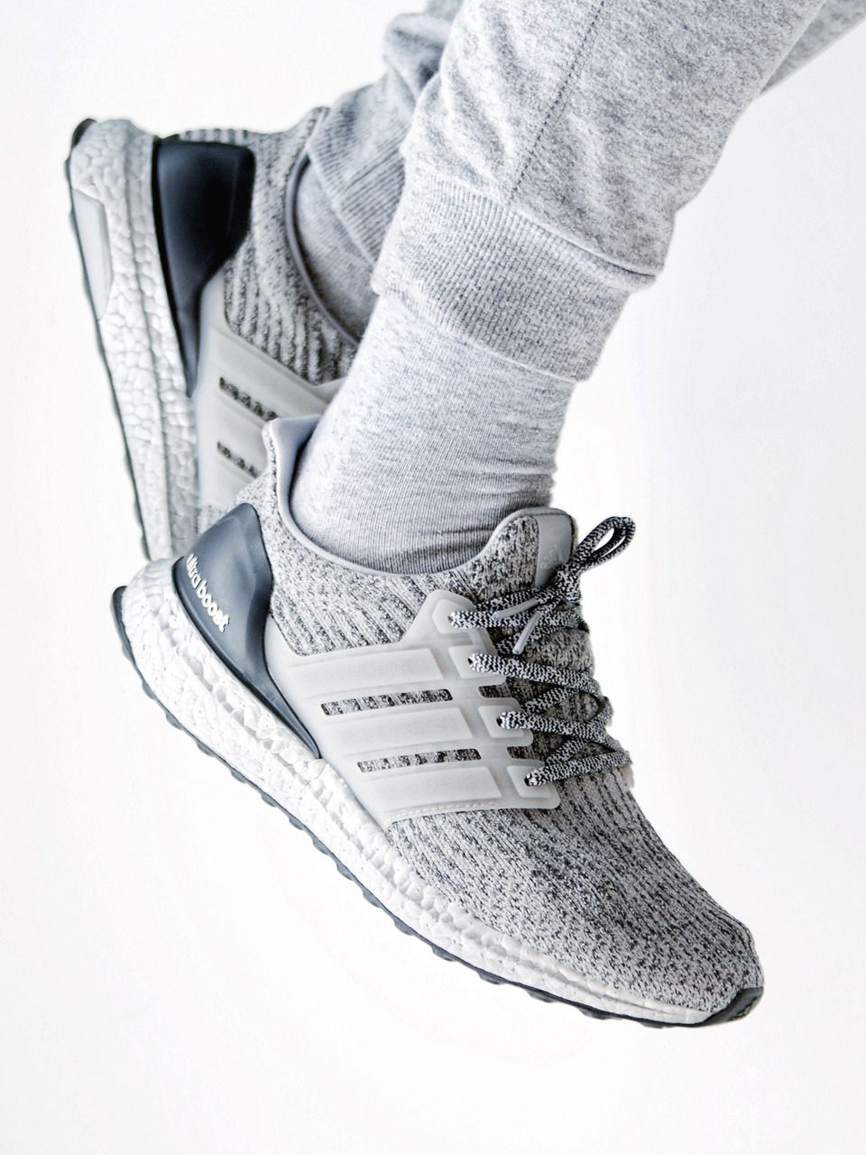 Adidas Ultra Boost 2018 3.0 Plata Pack / Super Bowl 2018 Boost (by jonomfg ff3399