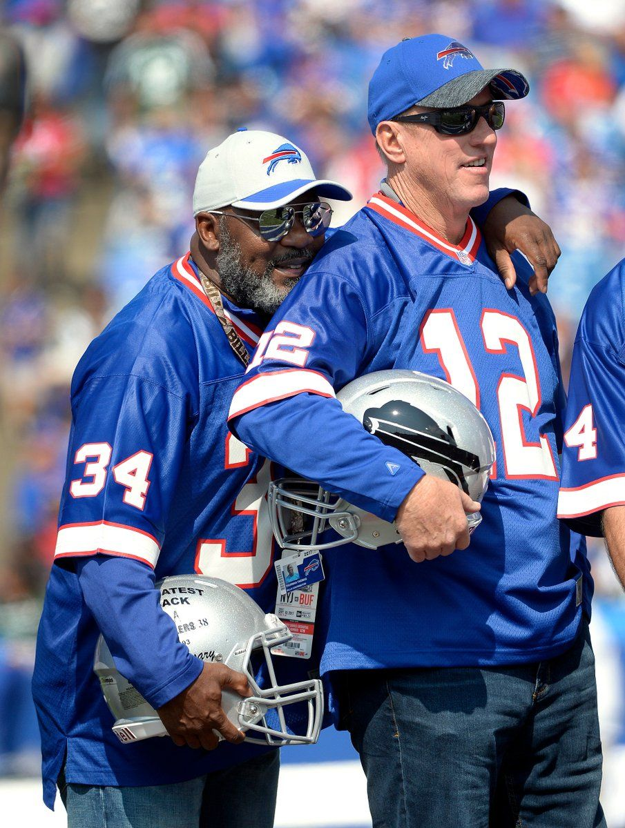 Former Bill's Jim Kelly and Thurman Thomas (With images