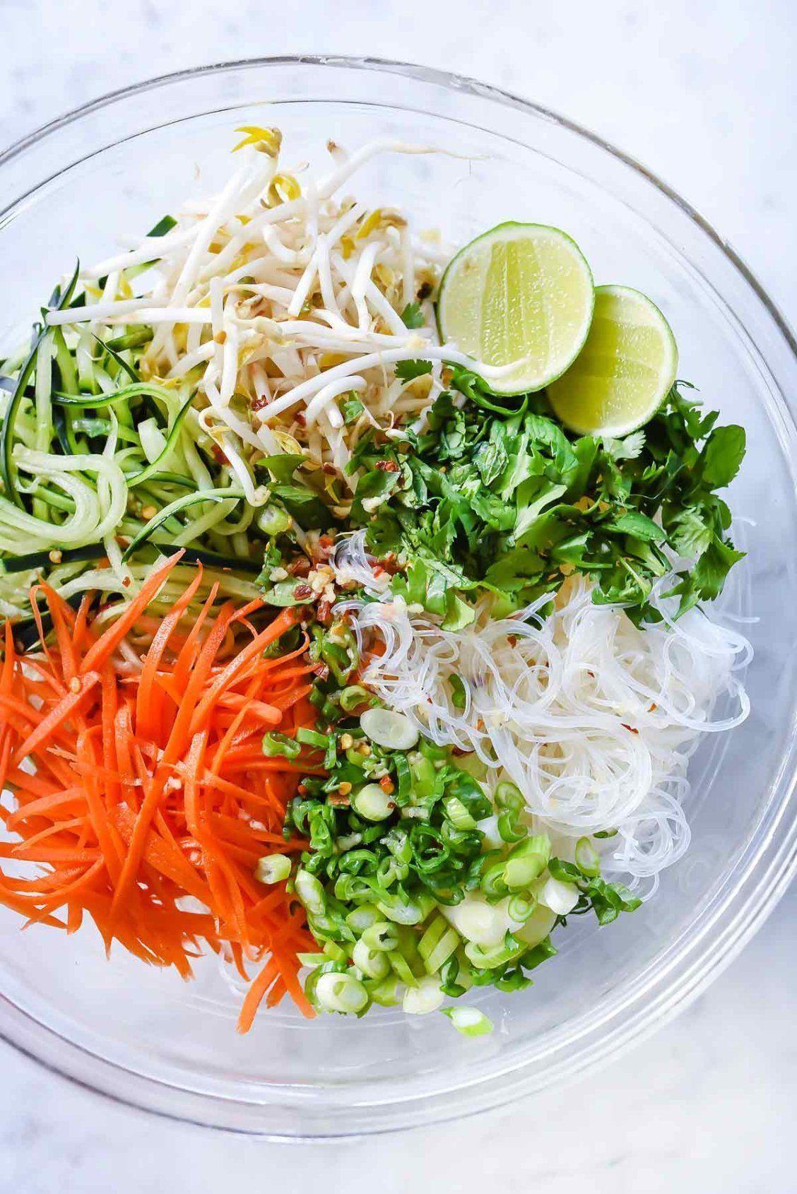 Fresh And Easy Vietnamese Noodle Salad Foodiecrush Com African Food Vegetaria Foodvege In 2020 Vietnamese Noodle Salad Noodle Salad Recipes Vietnamese Noodles