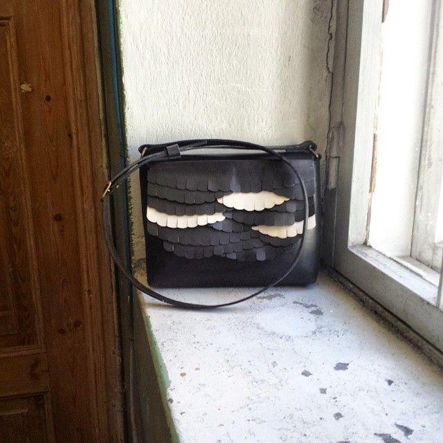 Ready for a new home! #kuulajylhä #kuulaplusjylhä #madetoorder #finnishdesign #shoulderbag #handmadebags
