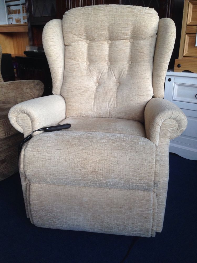 Sherborne Riser Recliner Electric Chair Remote Control Fabric Immaculate  Can Del