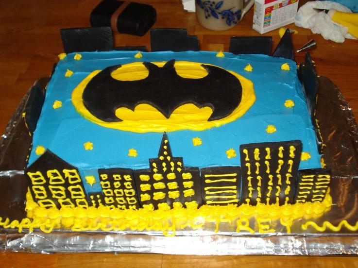 Gotham City Batman Cake Ideas Jpg 737 215 552 Cakes For