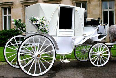 Romantischer Traum in Weiß Die Hochzeitskutsche