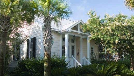 Cute Cottage At The Cottages On Charleston Harbor In Mt Pleasant Sc Cute Cottage Charleston Homes Cottages And Bungalows