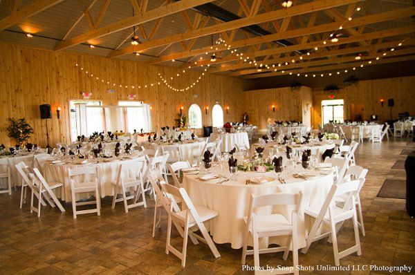 See Maneeleys Banquet Catering And The Lodge At Maneeley S On Weddingwire Lodge Banquet Wedding Wire