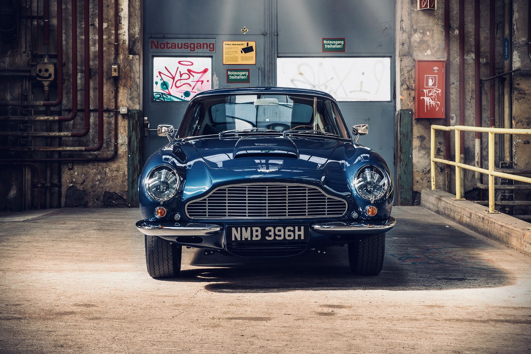 Pin by Oliver Hoener on Aston Martin DB6 Pinterest