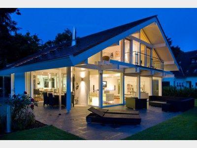 Kundenhaus dr busch einfamilienhaus von davinci haus gmbh co kg haus xxl modern luxus designer satteldach balkon villa architektenhaus