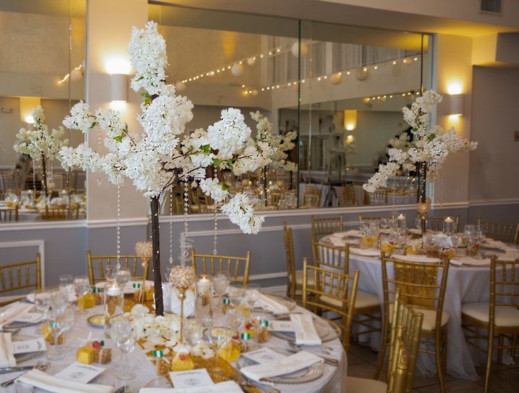 Ivory Hydrangea Trees In 2020 Flower Wall Design Centerpiece Rentals Flower Wall