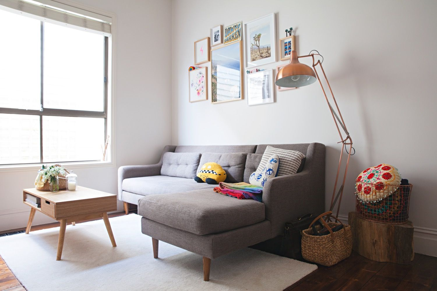 Camilla's Colorful Bayside Rental in Melbourne Room