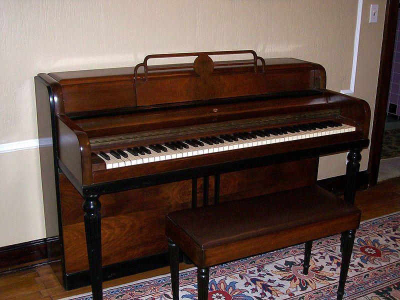 Rhodes piano dating. Jenks och kaylin dating.